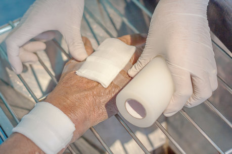 3-general-tips-to-help-you-care-for-your-wounds-properly